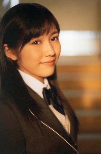 Watanabe Mayu 壁紙 probably with a business suit entitled 渡辺麻友「制服図鑑 最後の制服」