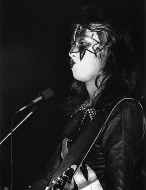 Ace Frehley 1974