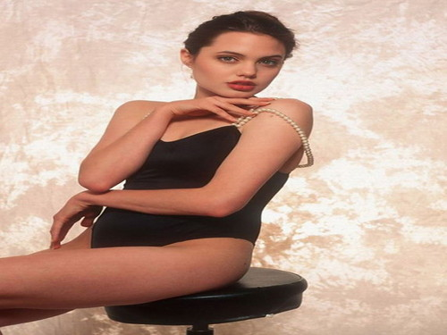 Angelina Jolie wallpaper containing tights and a leotard titled Angelina