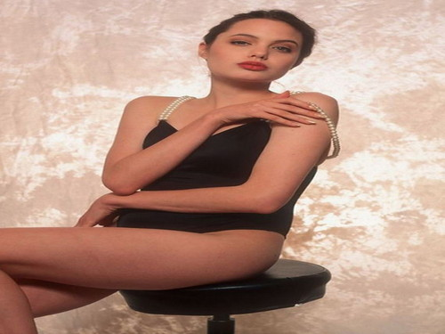 angelina jolie wallpaper with tights and a leotard titled Angelina