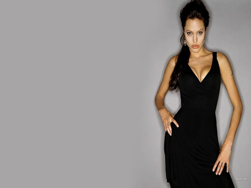 Angelina Jolie wallpaper probably containing a dinner dress titled Angelina