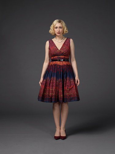 Bates Motel karatasi la kupamba ukuta with a cocktail dress titled Bates Motel Season 3 Norma Bates Official Pictures