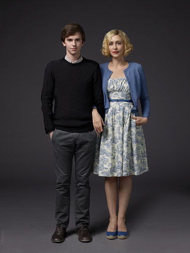 Bates Motel karatasi la kupamba ukuta probably containing a cocktail dress, a well dressed person, and a hip boot entitled Bates Motel Season 3 Norman and Norma Bates Official Pictures