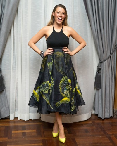 Blake Lively wallpaper probably containing a dinner dress, a gown, and a cocktail dress titled Blake Lively