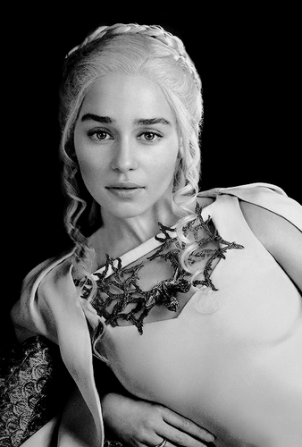 Daenerys Targaryen wallpaper called Daenerys