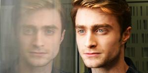 Daniel Radcliffe New Unseen Pic,Pic Was Released door BBC Radio 4 (Fb.com/DanielJacobRadcliffeFanClub)