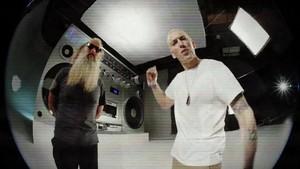 এমিনেম - Berzerk {Music Video}