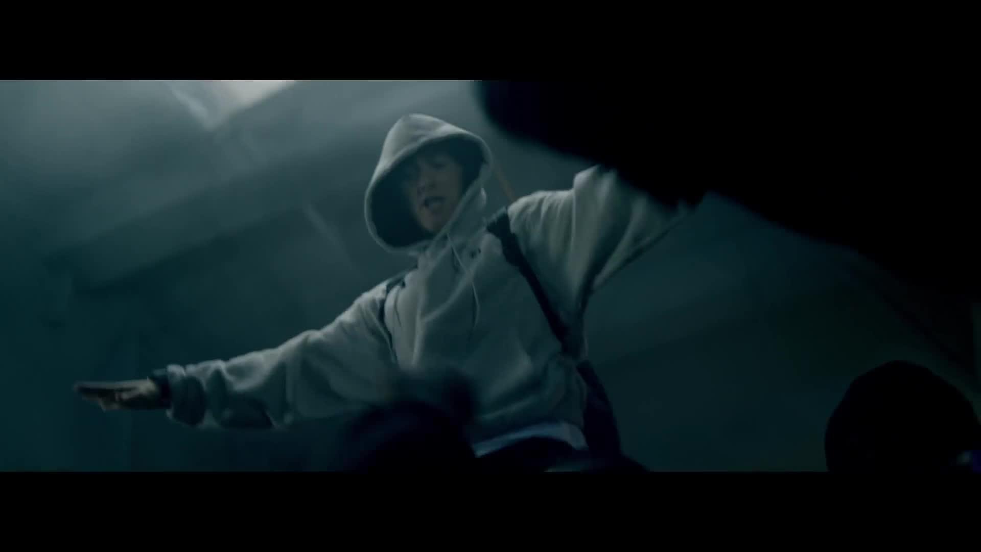 Аннотации Эминема на трек «Rap God». | www.Eminem.pro | 1080x1920