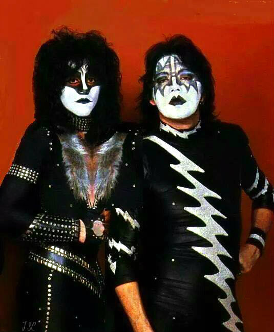 Kiss Eric Carr Makeup: Eric Carr And Ace Frehley 1982