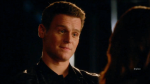 Glee S06E11 – We Built This Glee Club