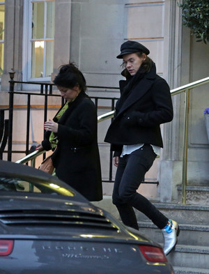 Harry Out in Londres