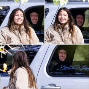 JTJT visiting pregnant wife Jessica on set (27 feb 2015)