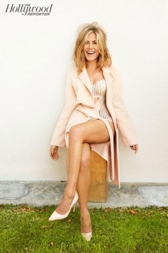 Jennifer Aniston wallpaper entitled Jennifer Aniston 2015 Photoshoot
