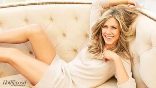 Jennifer Aniston wallpaper with skin titled Jennifer Aniston 2015 Photoshoot
