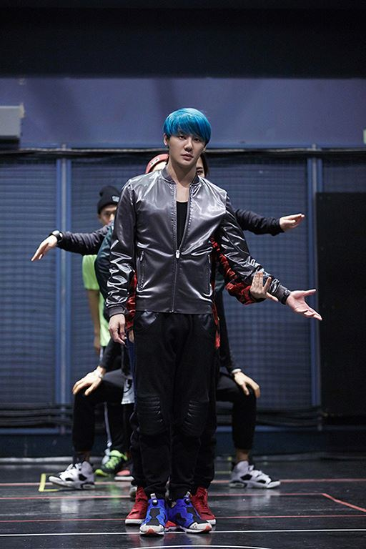 Junsu's konsiyerto rehearsal mga litrato for upcoming Asia Tour