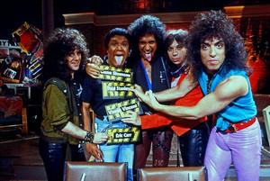 Kiss 1983