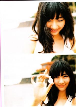 Kashiwagi Yuki photobook Yu, Yu, Yukirin