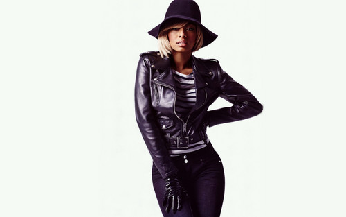 Keri Hilson wallpaper containing a well dressed person, an outerwear, and a hip boot entitled Keri Hilson fashion