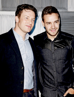 Liam attend a party hosted sejak Kevin Systrom and Jamie Oliver/
