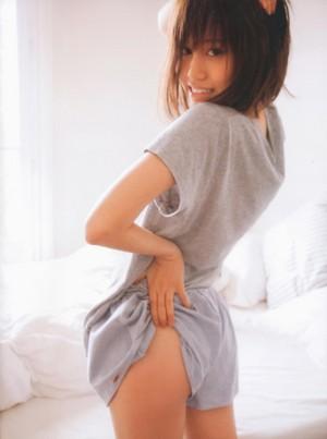 Maeda Atsuko photobook 'Bukiyo'