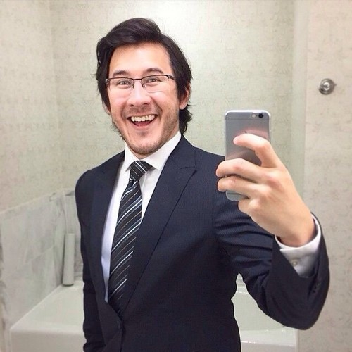 Markiplier karatasi la kupamba ukuta with a business suit, a suit, and a three piece suit titled Mark Fischbach