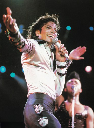 Michael Jackson wallpaper possibly containing a concert called Michael Jackson - HQ Scan - Bad Tour