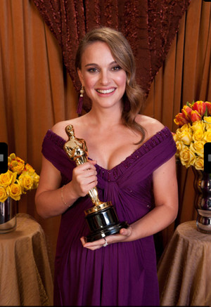 Old/New picture of Natalie Portman winning the Academy Awards of the best actress in 2011
