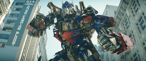 transformers wallpaper containing a green baret titled Optimus Prime