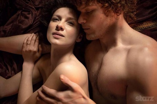 Outlander 2014 TV Series karatasi la kupamba ukuta with skin called Outlander Season 1b promotional picture
