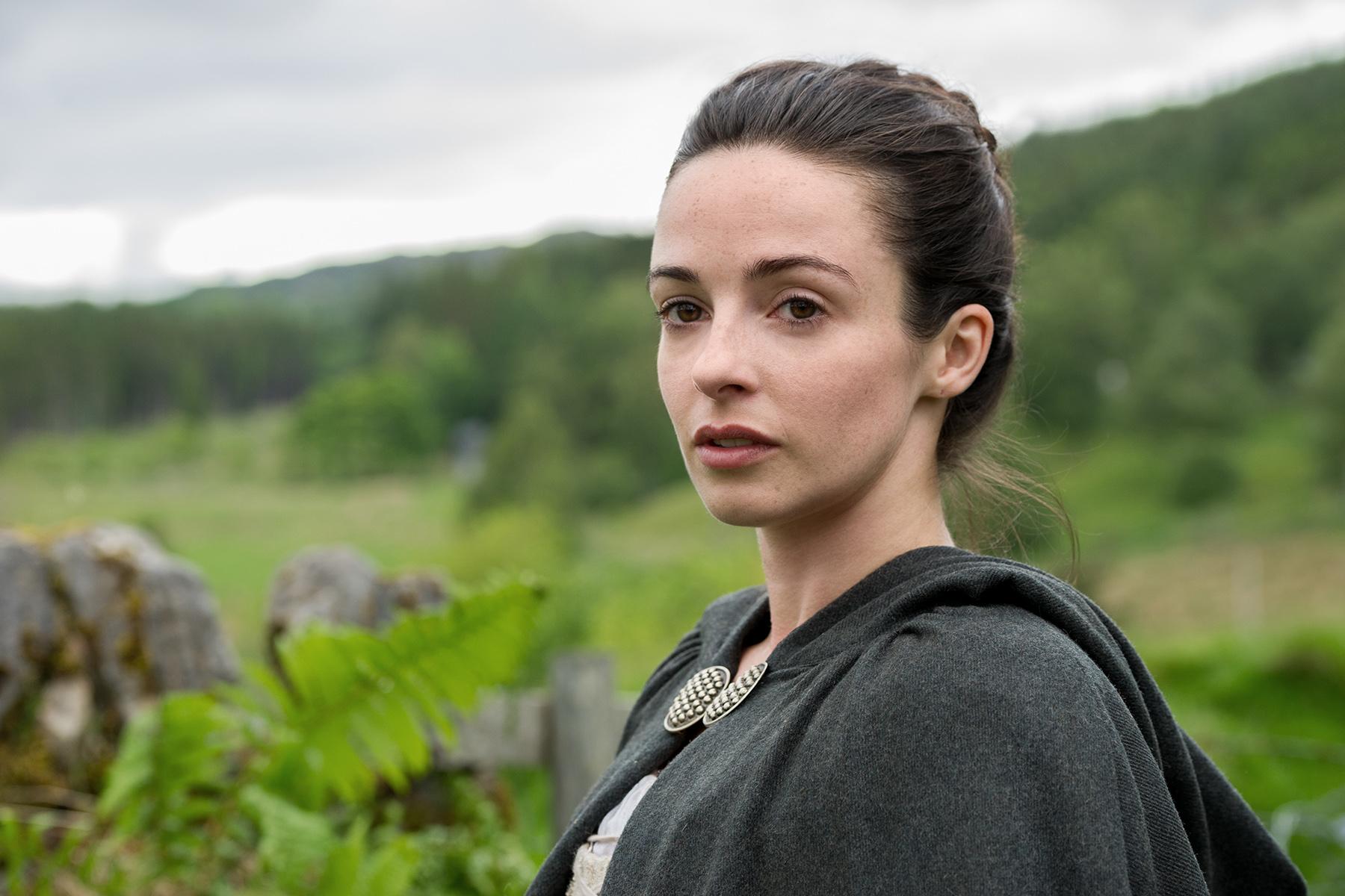Outlander Season 1b promotional picture