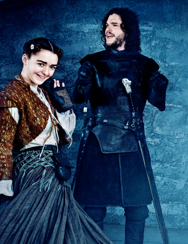 Maisie Williams wallpaper probably containing a polonaise and a kirtle called Photoshoot for EW magazine