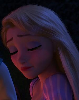 Rapunzel's Modern Era look