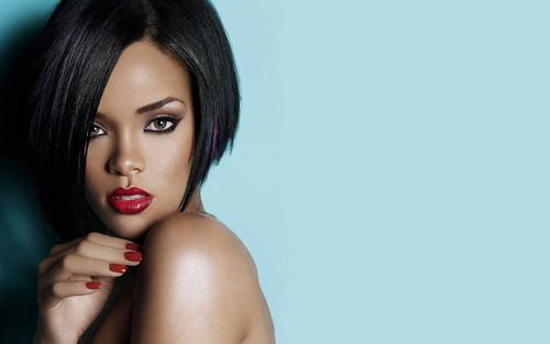 Rihanna wallpaper possibly containing a portrait and skin titled Rihanna Atlanta Peach 2007