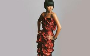 Rihanna Fashion mag 2007