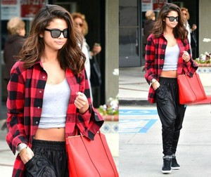 Selena Gomez (please fanツ)