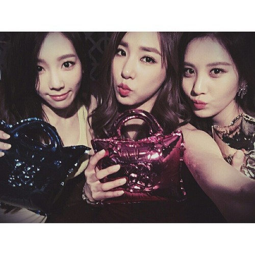 Seohyun 壁紙 titled Seohyun Instagram Update