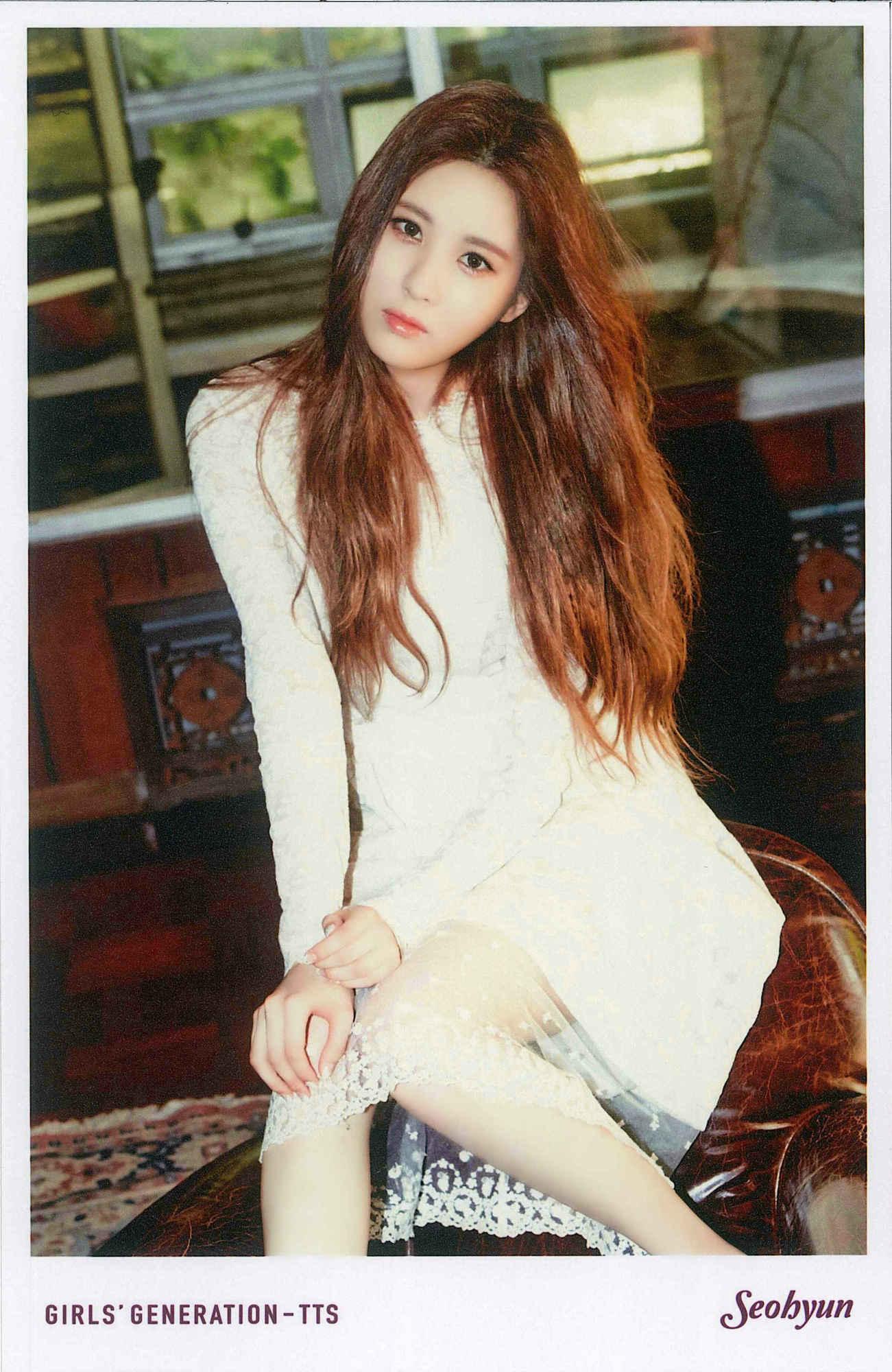 TaeTiSeo Seohyun- Holler Polaroids