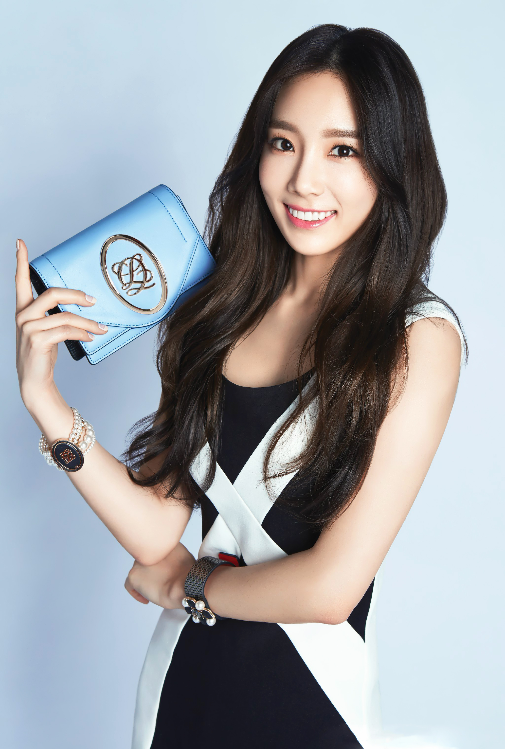 Taeyeon for Louis Quatorze