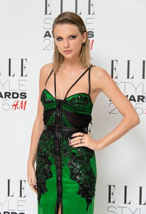 Taylor Elle Style awards