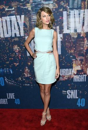 Taylor SNL Anniversary
