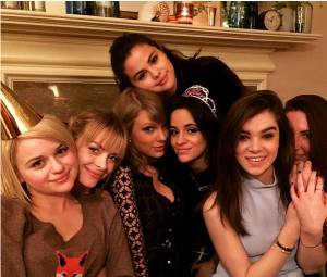 Taylor pantas, swift And Selena Gomez Have Adopted A New Celebrity Pal