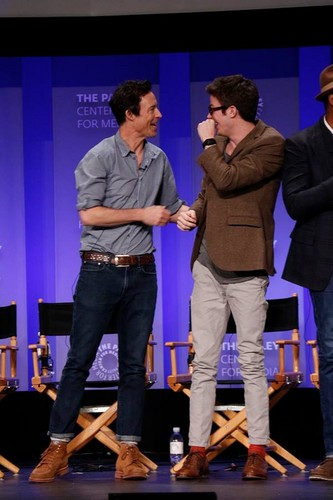 The Flash (CW) fond d'écran with a concert entitled The Flash - PaleyFest Panel 2015