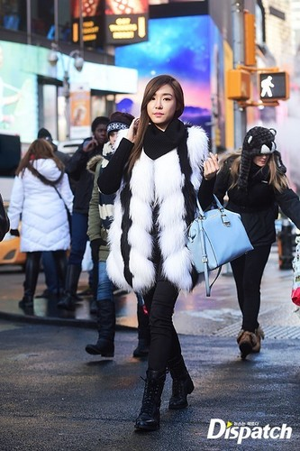 Tiffany Hwang wallpaper with a fur coat titled Tiffany strolling in New York