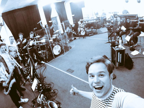 Olly Murs wallpaper possibly containing a street titled Tour Rehearsals
