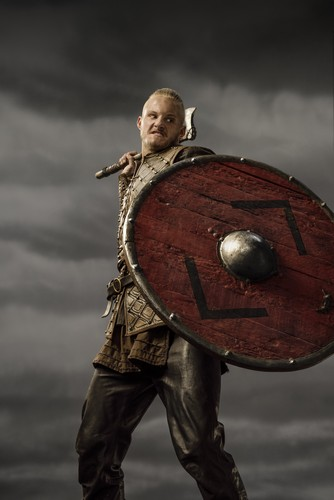 Vikings (TV Series) پیپر وال with a shield entitled Vikings Bjorn Season 3 Official Picture