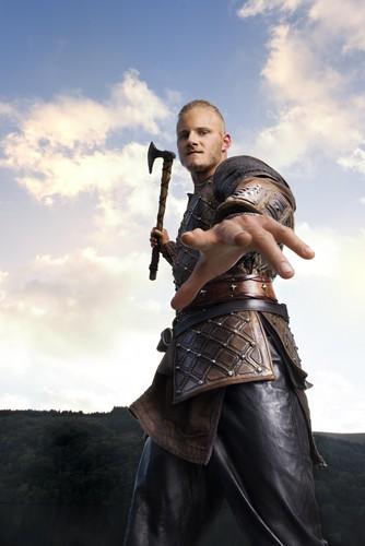 Vikings (TV Series) karatasi la kupamba ukuta called Vikings Bjorn Season 3 Official Picture