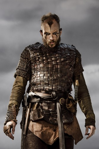 Vikings (TV Series) karatasi la kupamba ukuta probably with a breastplate, an armor plate, and a dirii, brigandine entitled Vikings Floki Season 3 Official Picture
