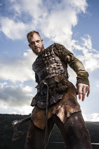 vikings (serial tv) wallpaper possibly containing a horse trail, a hip boot, and a horse wrangler called Vikings Floki Season 3 Official Picture