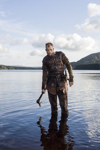 Vikings (TV Series) karatasi la kupamba ukuta possibly with a green beret entitled Vikings Floki Season 3 Official Picture