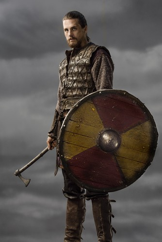 vikingos (serie de televisión) wallpaper containing a shield titled Vikings Kalf Season 3 Official Picture